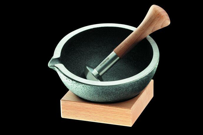 Mono Jardino Mörser mit Holzfuß und Pistill