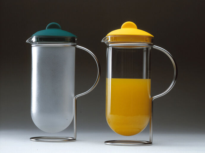 Mono Juice pitcher